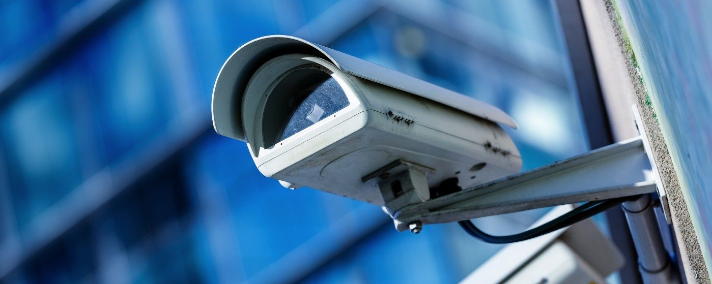bigstock-security-camera-and-urban-vide-61811687-e1403764393467